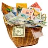 Слова на понижение. Публичные политики высказались в пользу национальных валют // Коммерсантъ