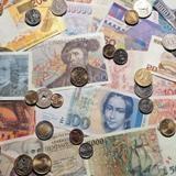 Валютная спецоперация. Зачем власти разных стран девальвируют собственные валюты // Коммерсантъ